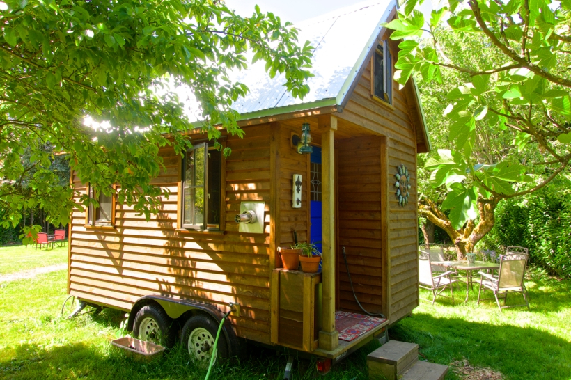 Simply-Intentional-Tiny-House-Living-01