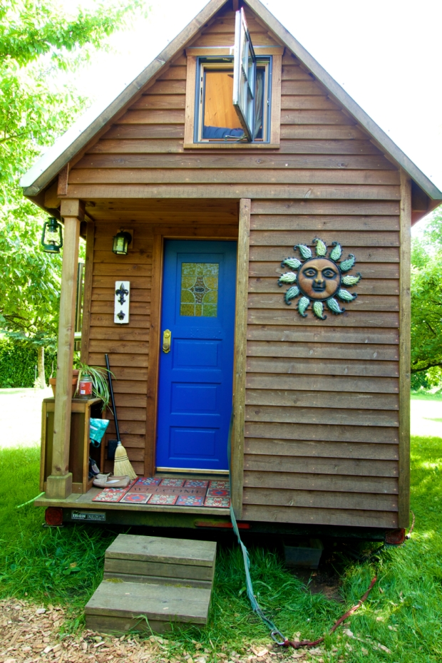 Simply-Intentional-Tiny-House-Living-16